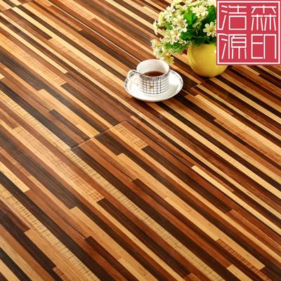 细条纹强化木地板服装店酒吧