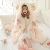 2017秋冬装新款粉色可爱公主宽松大码加厚保暖羊角毛绒大衣外套