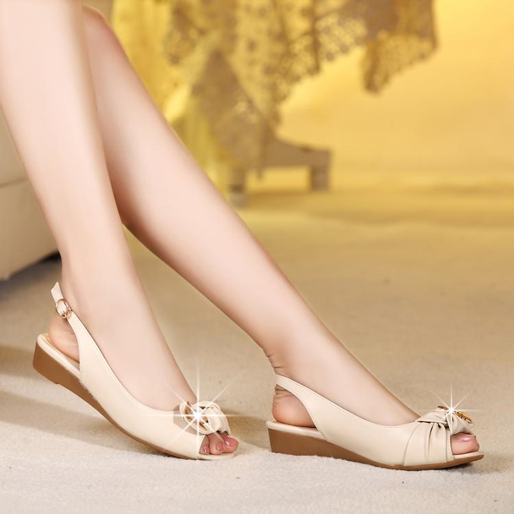 2014夏季新款真皮鱼嘴鞋坡跟女凉鞋舒适平底鞋中跟大码女鞋子后空