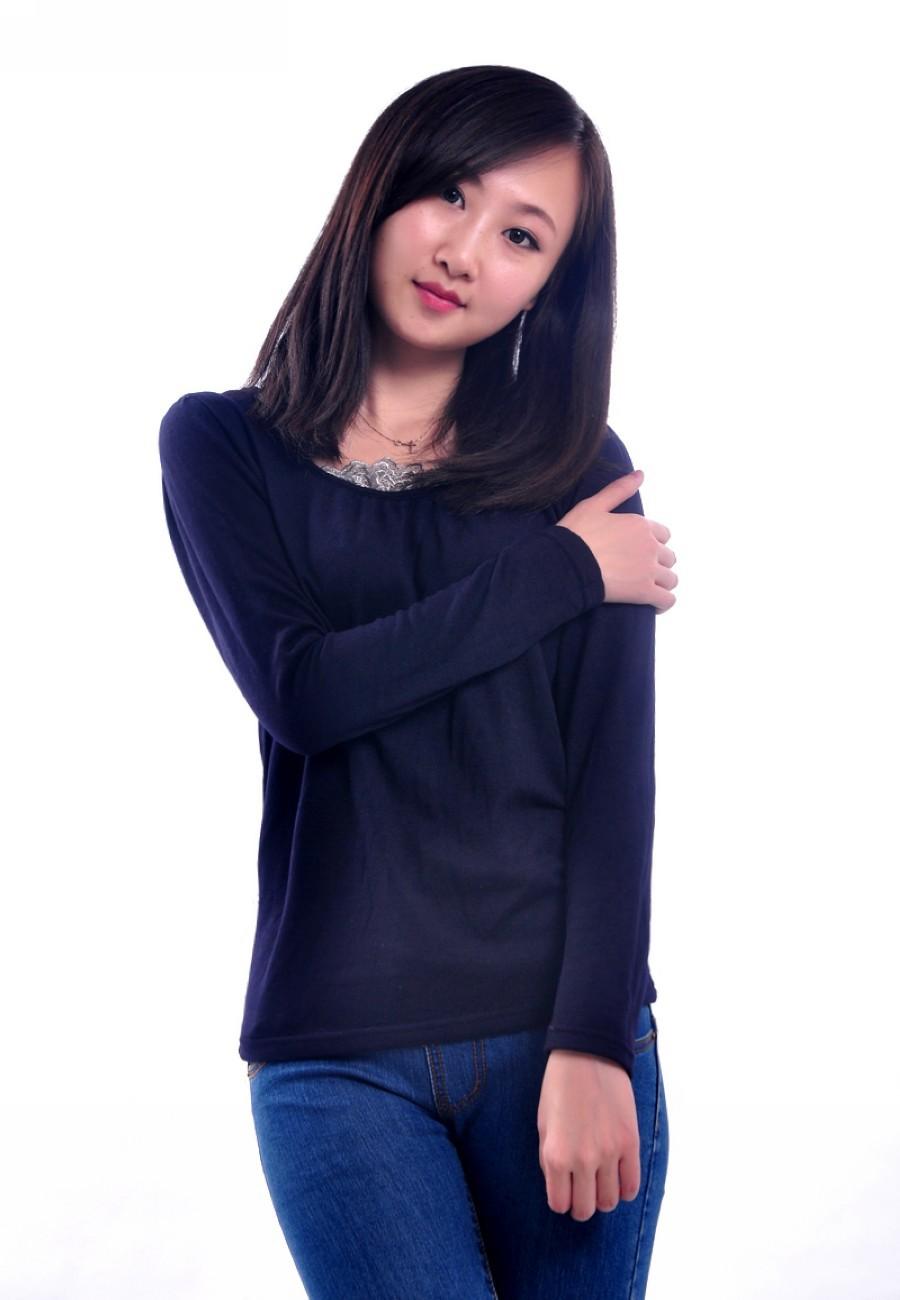 2013春季新款 女装 韩版长袖T恤 圆领泡泡袖领口蕾丝花边打底衫