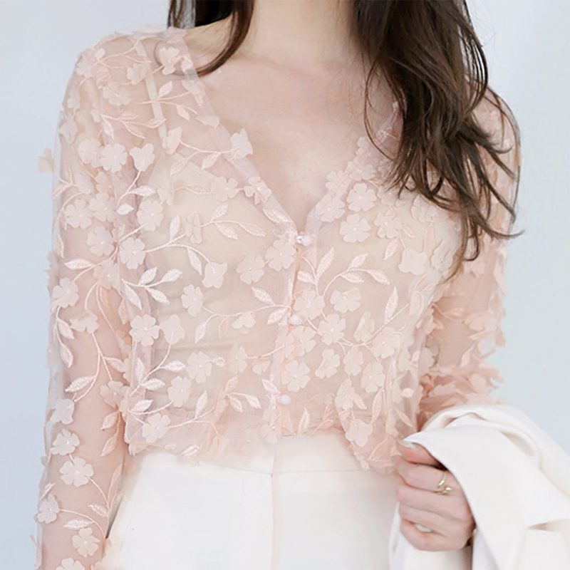 蕾絲上衣小衫韓版百搭花朵立體打底春裝長袖透視