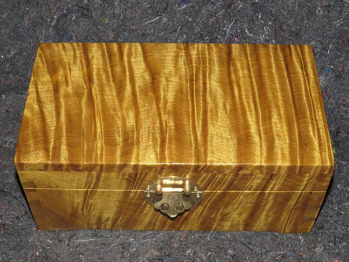 精品金丝楠水波纹影子首饰盒收纳盒 根雕工艺品盒子百宝箱 珠宝盒