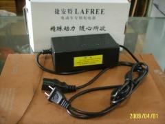 捷安特专用充电器 品字形(两边竖中间横)36V/1.8A