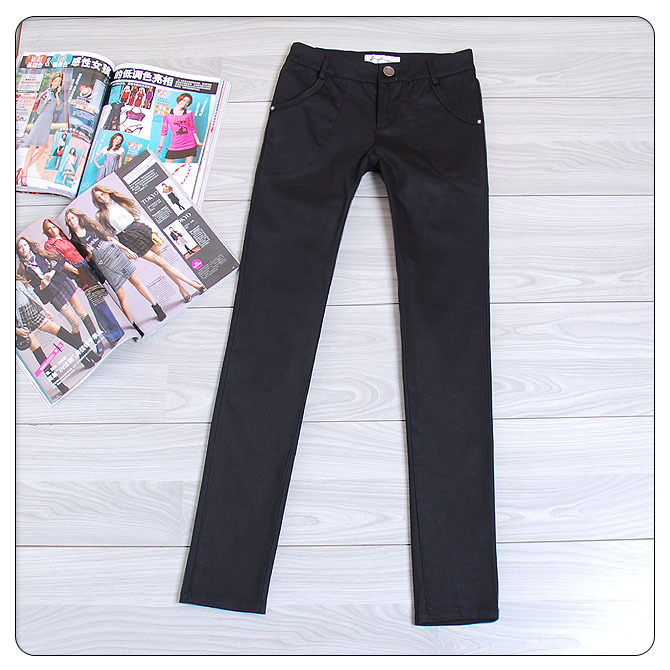 热卖万条的简单大方黑色中腰修身显瘦小脚裤小直筒休闲裤靴裤78元